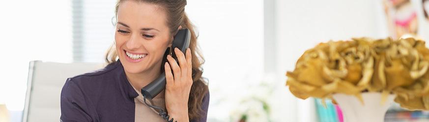 TELEFONI CON SCHERMO COMUNICARE IN CHIARO.